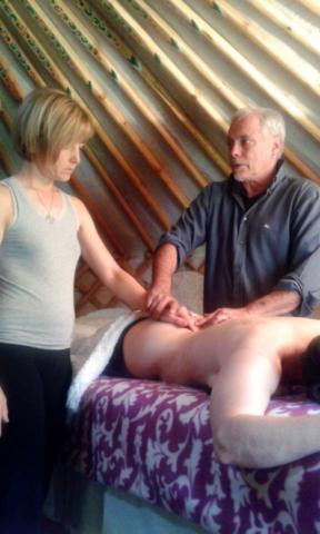Insegnamento massaggio delle correnti